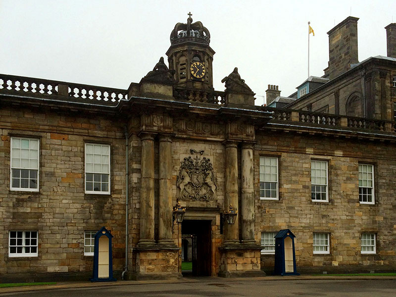 Eingang von Palace of Holyroodhouse